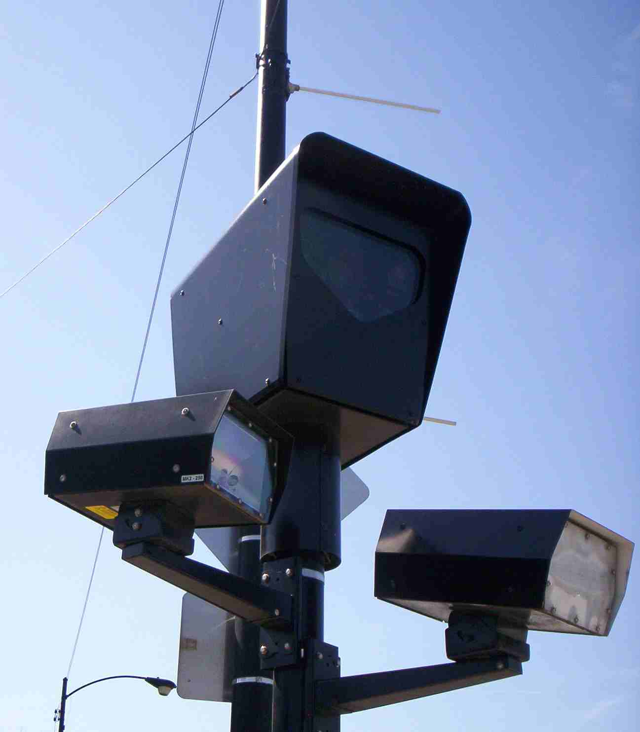 Avoiding Red Light Camera Tickets: Know Your Enemy ...