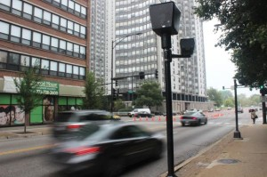 The red light cameras at Hollywood & Sheridan originally slated for removal will now remain in place. Photo credit Benjamin Woodward/DNA Info.
